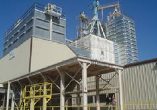 Grain silo cleaning experts from Mole•Master™ will ensure your grain bins are restored to full capacity quickly and safely.